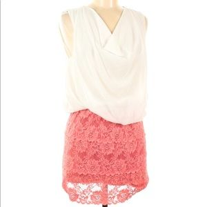 Audrey Ann Coral and Cream Lace Mini Dress size M